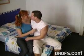 العنبر راين في خطوة الأم وحليف بنات سرير الأم يمارس الجنس مع الأب و.