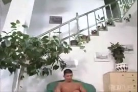 Xnxxام تدخل علي ابنها تغتصب اخته