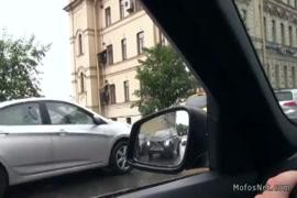 ديك كبيرة في سن المراهقة رعشة قبالة ونائب الرئيس في السيارة.