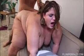Bbw في سن المراهقة اللعب مع بوسها الرطب في فندق.