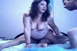 سكس نساء بقضيب تنيك في تيض