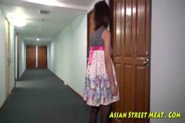 صور متحركة سكس حيوانات قذف زب حصان مع نساء
