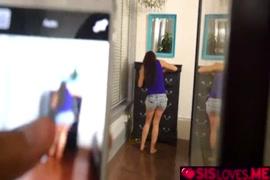 سكس بنات مع اكثر من رجل فيديو قصير